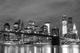 Brooklyn Bridge i Manhattan Skyline At Night, New York City